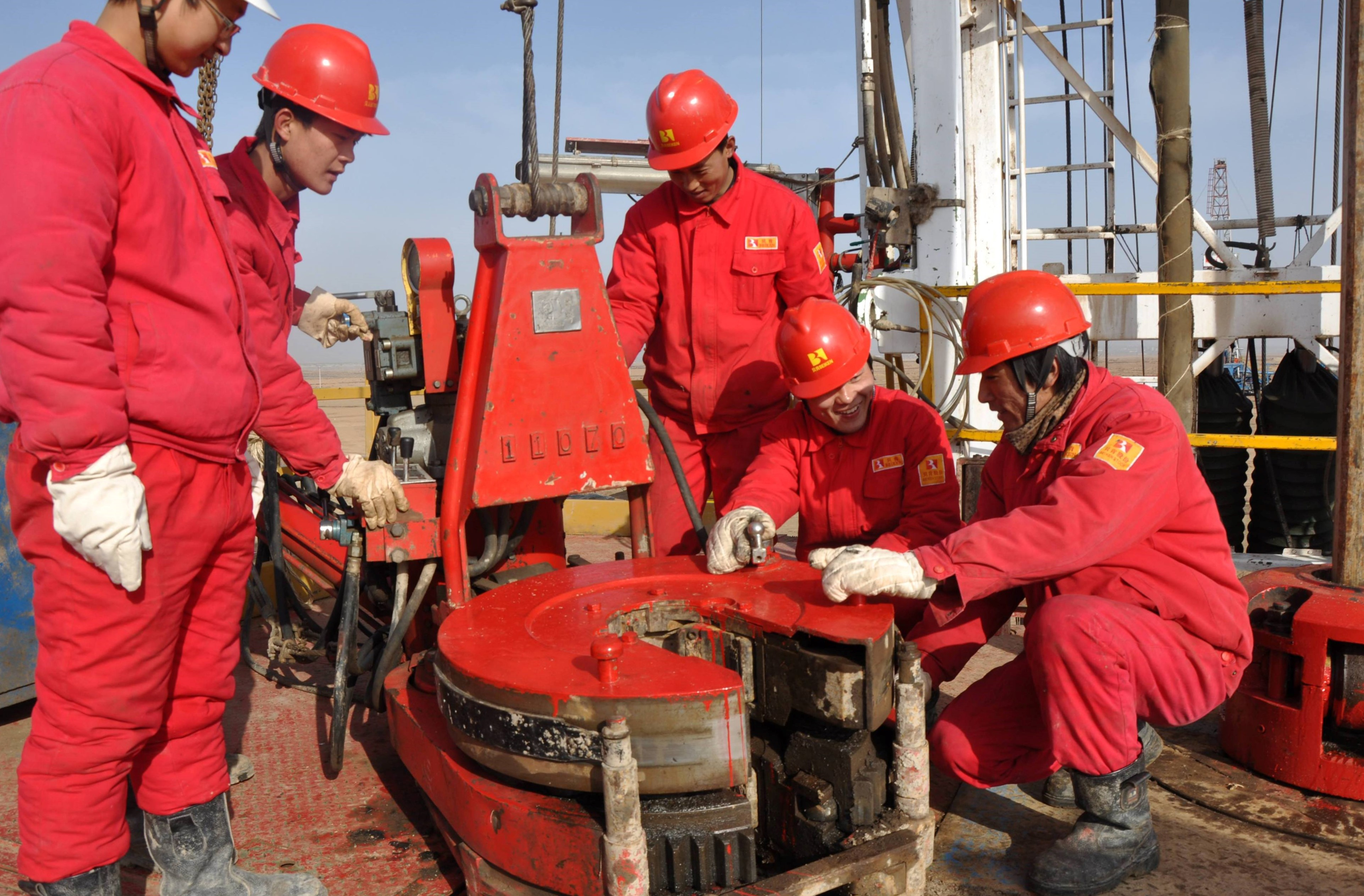 Chinese company started drilling well in Poltava region on request of PJSC UkrGasVydobuvannya